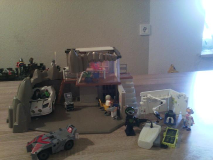 playmobil Geheimagentenlabor Spielzeuge & Basteln