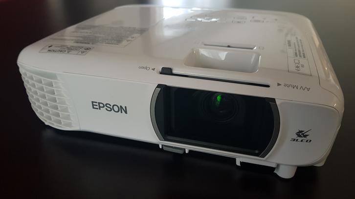 Epson EH-TW610 1080p native TV & Audio