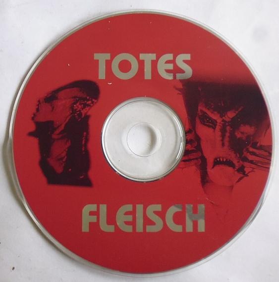 Ich suche genau so, wie auf den Fotos hier zu sehen, diese CD's von Rammstein und noch mehr von dieser Gruppe...!!! Musik 4