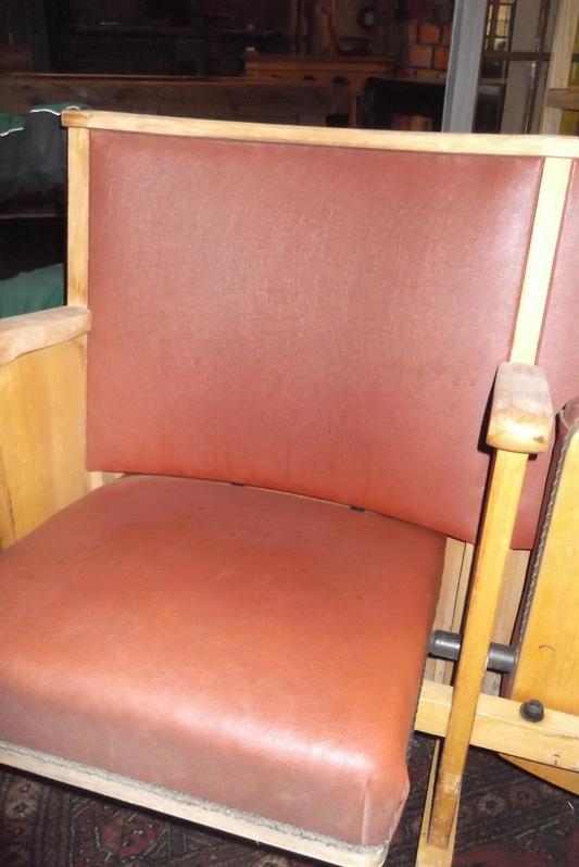 Kinobänke  4 Sitzer Antiquitaeten