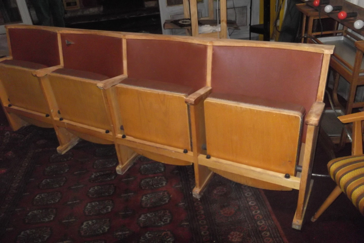 Kinobänke  4 Sitzer Antiquitaeten 2