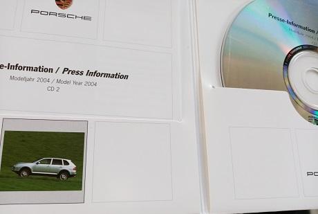 Orginal Porsche Presse Booklet  Cayenne 1. Generation Antiquitaeten 4