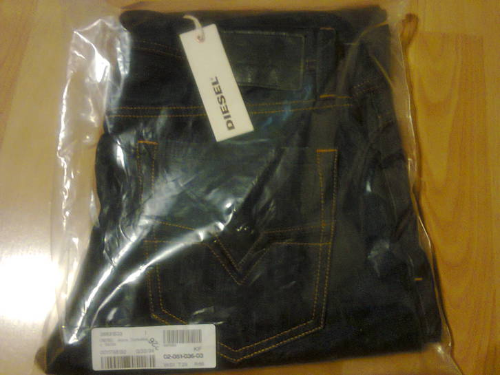 Replay Blue Jeans MFG.Co Gr.: 33/32 Kleidung & Accessoires 2