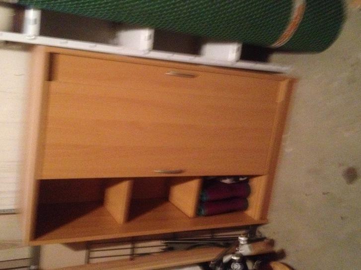 Sideboard  Buche mit zwei Einlegeböden Haushalt