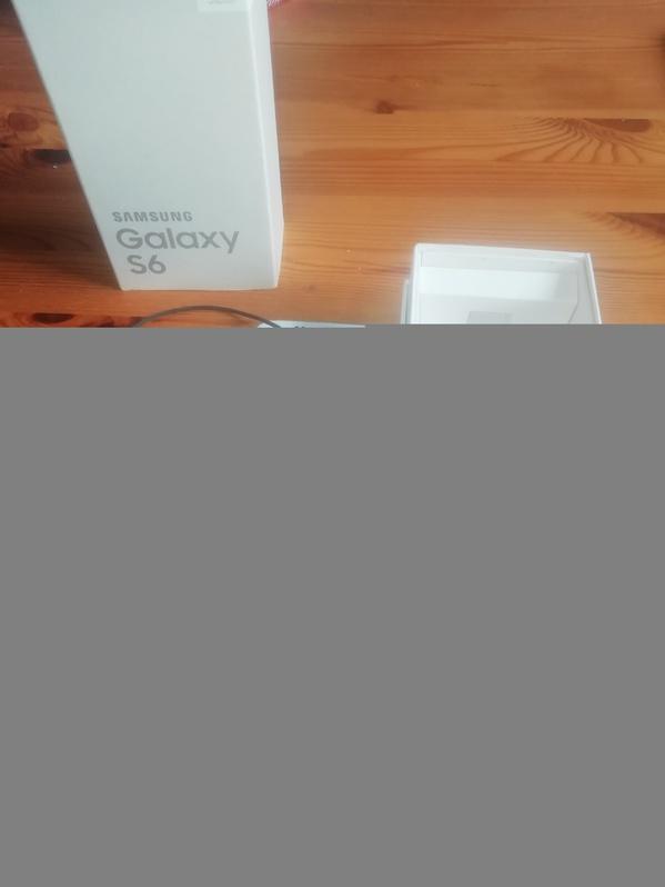 Verkaufe mein Samsung S6, sehr gepflegt, keinerlei Kratzer usw Telefon & Navigation