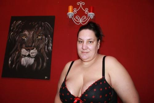 neu mollige jasmin verwönnt erotische massagen privat in oldcednburg Sonstige