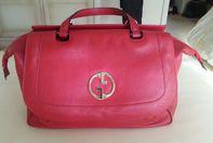 SUPER WEIHNACHTSPRÄSENT: rote Gucci-Tasche