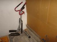 heimtrainer zum steppen pulsmesser mit integriert griffe usw siehe bild( voll funktionsfaehig)