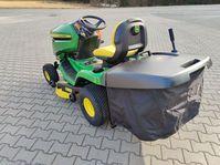 Verkaufe John Deere X350R Rasentraktor mit hydrostatischen Zweirad-Antrieb,